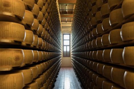 Parmesan ist nicht gleich Parmesan: Parmigiano Reggiano, Grana Padano und der große Unterschied
