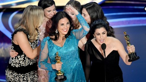 Die Binde der Freiheit: Verdienter Oscar für Rayka Zehtabchis Menstruationsfilm