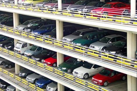Wer zahlt für Parkplätze? Die ohne Auto.