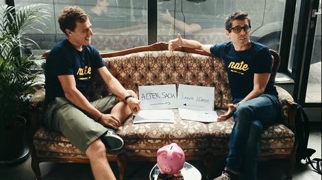 Handy mit Helfersyndrom – geniale App-Idee eines Münchner Start-Ups