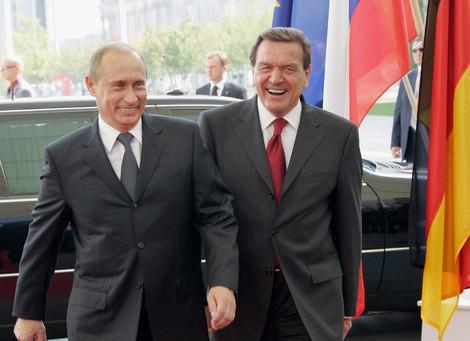 """Flammt die alte """"Bromance"""" zwischen Deutschland und Russland wieder auf?"""