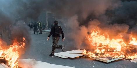 Der Aufstand der Gelbwesten am Scheideweg – Ein Weg ins Offene oder in die Desintegration?