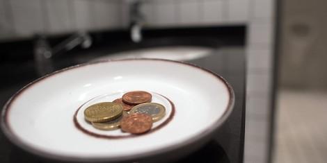 Ein Artikel von mir selbst: Warum die Zukunft der Arbeit bedingungsloses Grundeinkommen erfordert