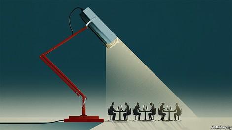 Überwachung am Arbeitsplatz: Die KI als allwissender Boss