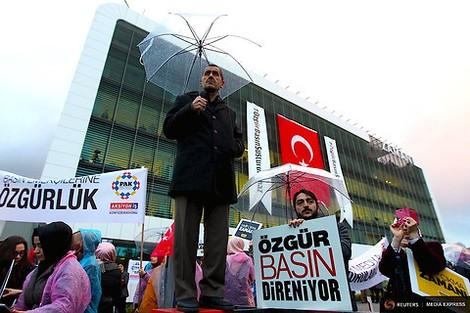 Erdogan, Europas Prinz, hat mir meine Zeitung weggenommen.