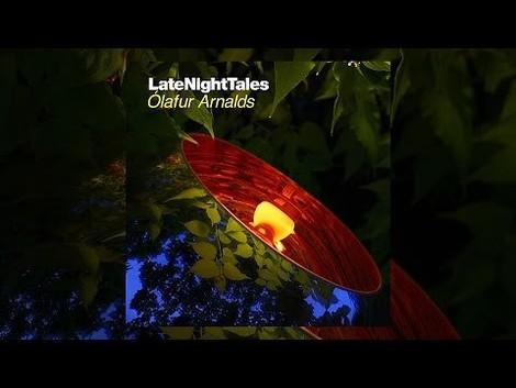 Kuratierter hören, weiterleben – eine neue Ausgabe der weltbesten Mix-Serie Late Night Tales