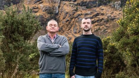 Ein homophober Ire stimmt für die gleichgeschlechtliche Ehe – die Geschichte von Chris und Finbarr