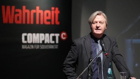 Lechts und rinks: Angriff einer rechten Querfront