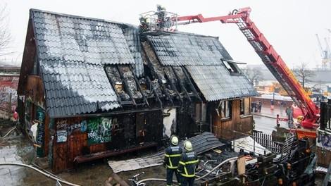 """Brand im """"Pudel"""": Spekulationen ohne Ende"""