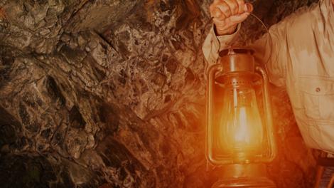 Wettlauf mit der Zeit um das Leben des Höhlenforschers William Floyd Collins