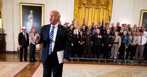 Wie es zum anonymen Meinungsartikel über den desolaten Zustand des Weißen Hauses unter Trump kam