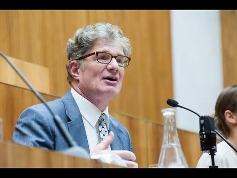 J'accuse! Roger Willemsens Kritik am deutschen Parlamentarismus