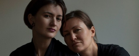 Zwischen Angst und prekärer Balance: Masha Gessen über das Leben von LGBT-Familien in Russland