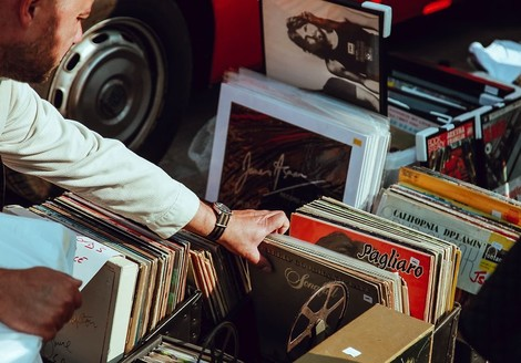 100.000 historische Schallplatten zum online anhören