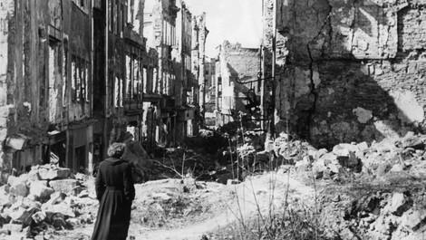 """""""Dresden war zum Zeitpunkt des Angriffs von erheblicher Bedeutung für Hitlers Kriegsführung"""""""