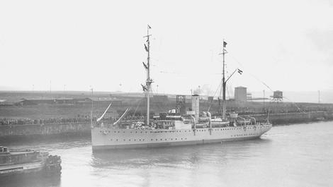 Die Fahrt des Forschungsschiffs Meteor –Wissenschaftler im Kanonenboot