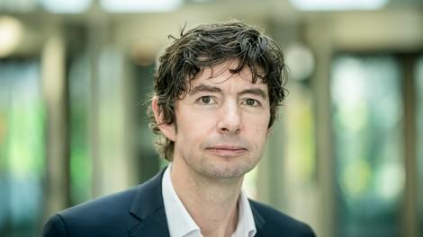 """Christian Drosten über seinen Podcast: """"Ich lese manchmal 40, 50 Studien zur Vorbereitung"""""""