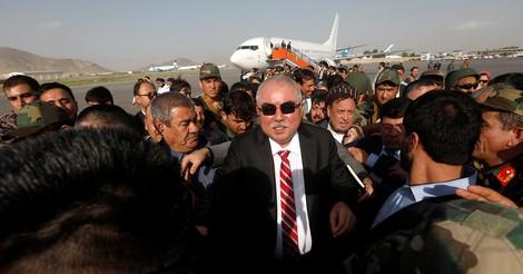 General Dostum: Erneute Beförderung für einen Kriegsverbrecher