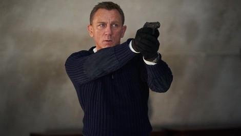 Mit James Bond durch die Welt (rassistischer Stereotype)