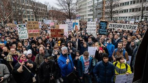 Urheberrechtsreform: Der Streit um die EU-Richtlinie geht weiter