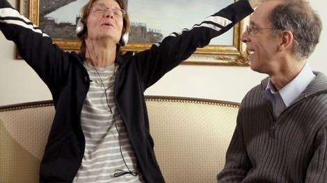 Wiederaufleben unter Kopfhörern: Alzheimer und die Kraft der Musik