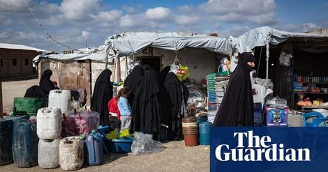 Wie IS-Frauen heiraten, um aus Internierungscamps zu fliehen